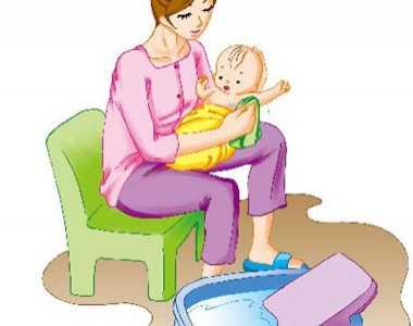 怎么样给婴儿洗澡图示 怎样给新生儿洗澡