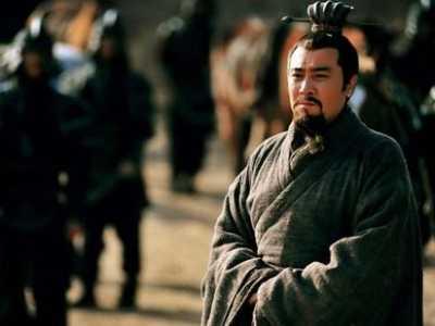 刘备三兄弟的武器 真实历史中刘备的武功是什么水平