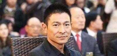 刘德华和郭富城合影 58岁刘德华近看成老头