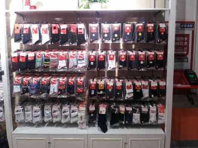 内裤展示架 小型袜子内裤实体店铺展示柜陈列布置装修风格图片